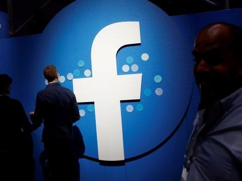 Facebook wimpelt boete af met puike cijfers