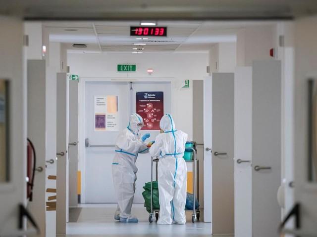 Coronavirus: les admissions à l'hôpital stables depuis quatre jours