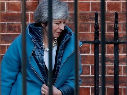 Brexit : le gouvernement britannique relativise sa défaite au parlement
