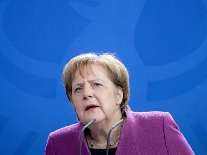 L'appel d'Angela Merkel sur le désarmement nucléaire