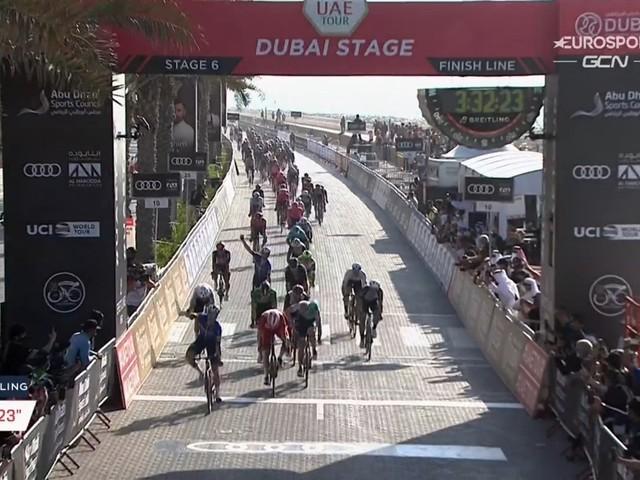 Sam Bennett sprint opnieuw naar winst in UAE Tour, Thomas De Gendt toont zich