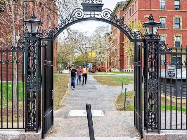 L'université Harvard rend la vaccination obligatoire pour ses étudiants