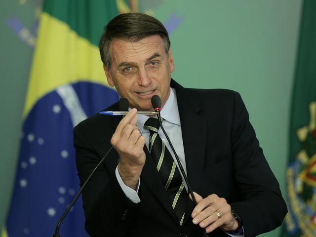Bolsonaro ataca o governo