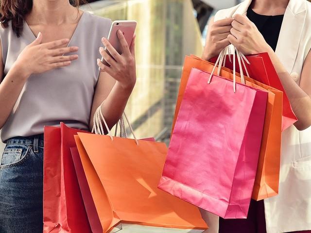 Facebook vai exibir anúncios baseados nas lojas que você visitar e SACs que ligar