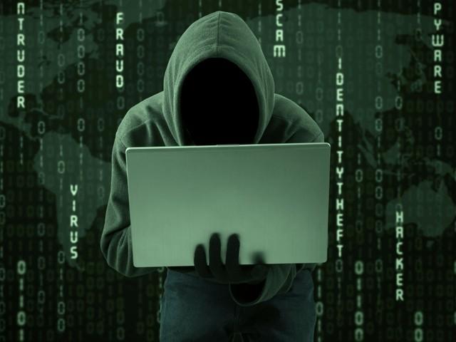 'Hacker' do Benfica fica em prisão domiciliária na Hungria