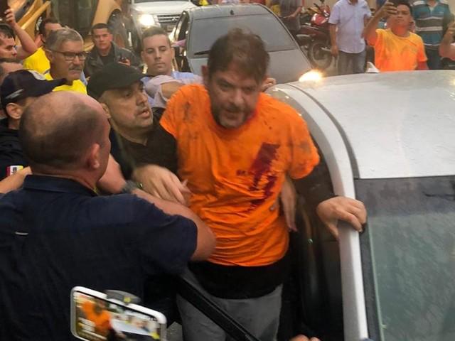 Senador Cid Gomes é atingido por tiros no Ceará