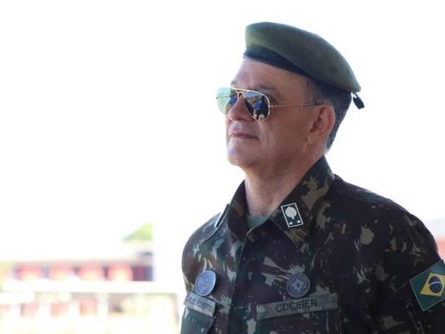 General responsável pelo ENEM morre de Covid-19