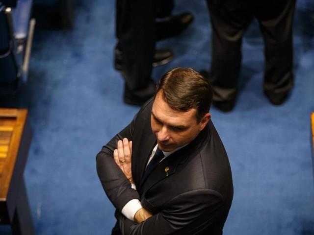 Projeto de Flávio Bolsonaro quer acabar com reserva legal em propriedades rurais