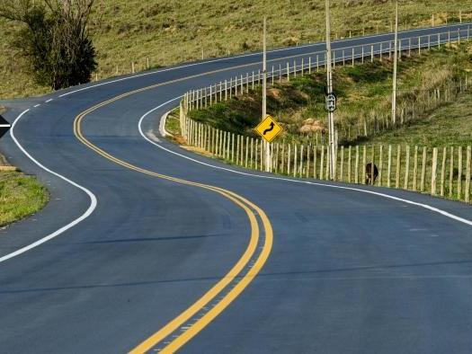 Carros autônomos: movidos por energia elétrica ou híbridos?