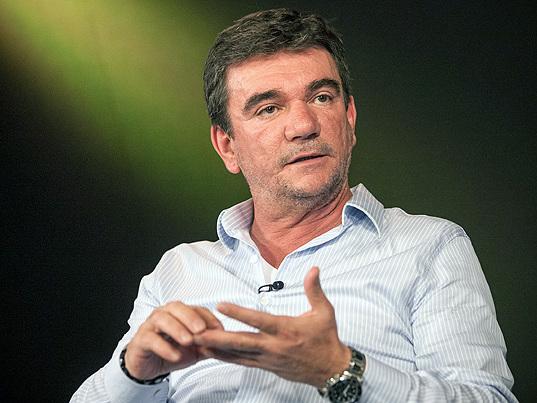 Habituado com pouca alternância no poder, Corinthians escolhe presidente