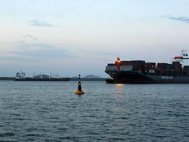 Parados há mais de 1 mês | Petrobras não deve ser obrigada a abastecer navios iranianos, diz Dodge