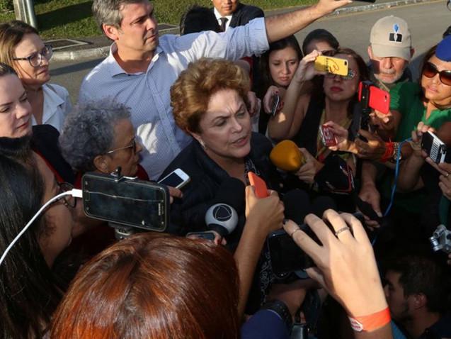 Dilma: Até na ditadura era possível receber amigos