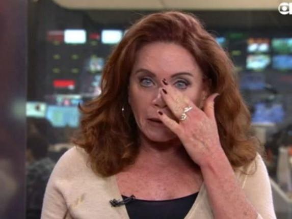 Apresentadora da Globo chora após matéria sobre inocentes mortos por policiais