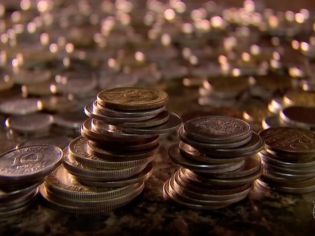 Cuiabano que vai doar 780 moedas que colecionou por 45 anos diz ter chorado ao ver incêndio no Museu Nacional do RJ