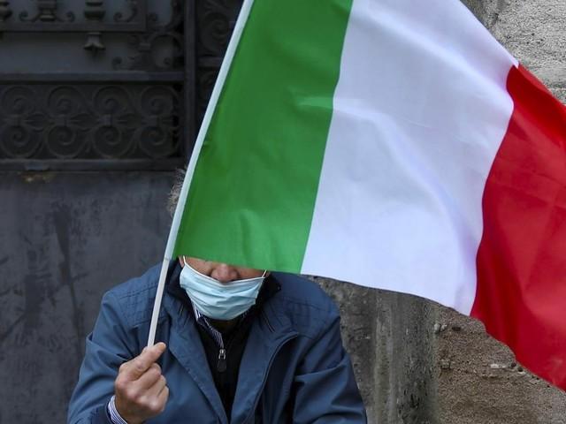 Itália suspende temporariamente voos para o Brasil