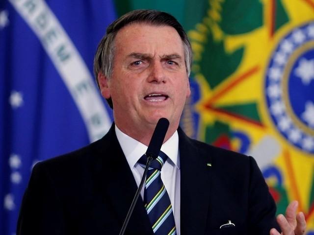 """""""No fundo, morrem de saudades do PT"""", diz Bolsonaro à imprensa"""
