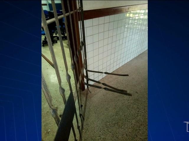 Pela 4ª vez, escola no Maranhão é arrombada e pais vão ao Ministério Público pedir segurança