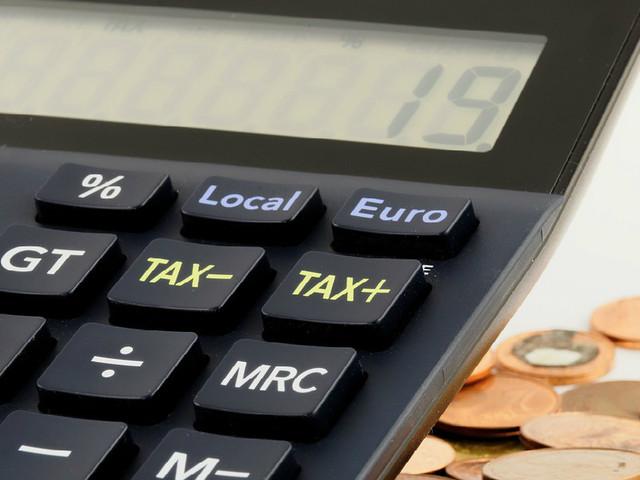 Poupar para a reforma: Qual a diferença entre fundos ou seguros PPR?