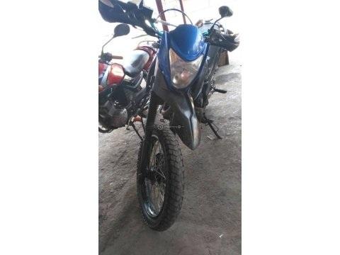Linda Moto AKT Montañera