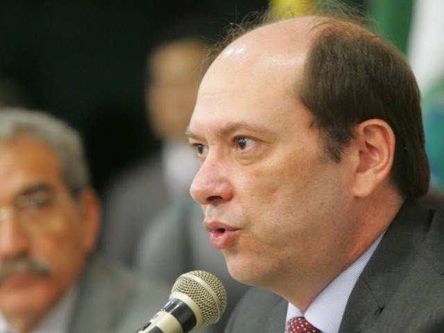 Prefeito de Sobral envia projeto à Câmara para zerar cobrança de iluminação pública durante pandemia