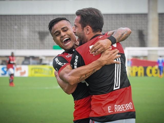 Rio's Big Four Qualify for Taça Rio Semis in Final Round