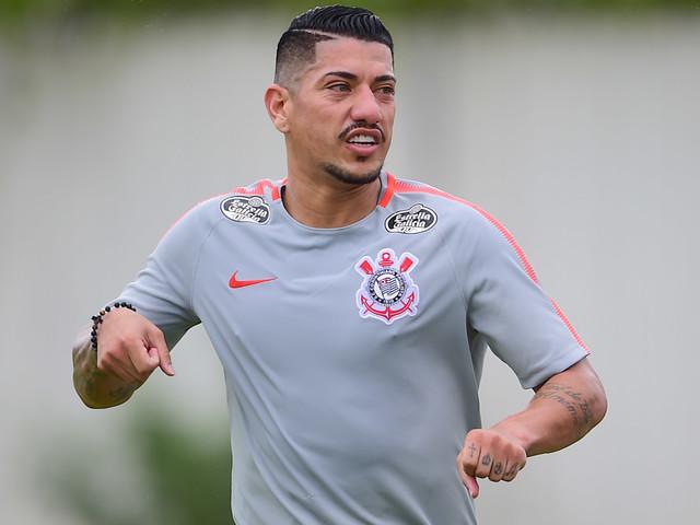 Ralf tem lesão diagnosticada e não enfrenta o Flamengo na Arena