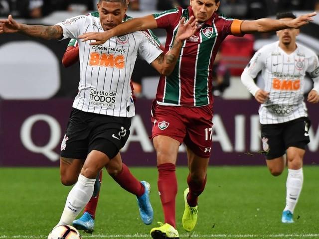 Oficial de Justiça vai à Arena Corinthians para intimar Ganso, do Fluminense