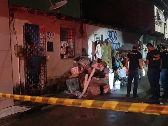 Filho é assassinado a tiros dentro de casa na frente da mãe em Fortaleza