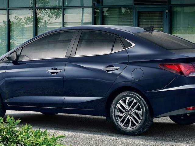 Novo Hyundai HB20S 2020: foto oficial revela novo design