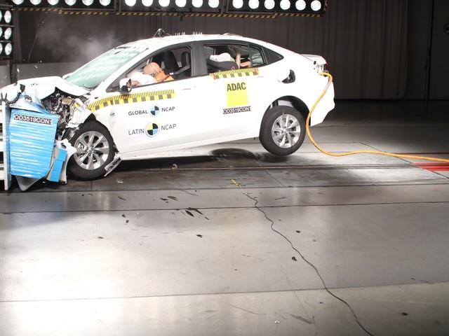 Nova geração do Chevrolet Onix recebe 5 estrelas em teste de colisão