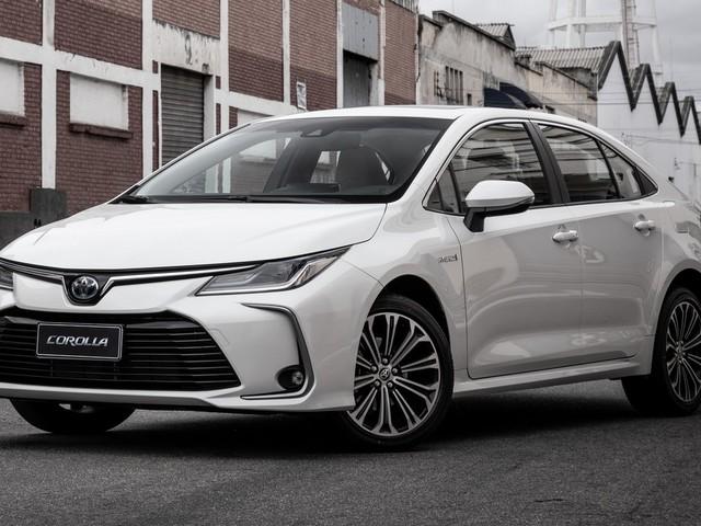 Toyota lança novo Corolla, primeiro carro híbrido flex, por R$ 124.990