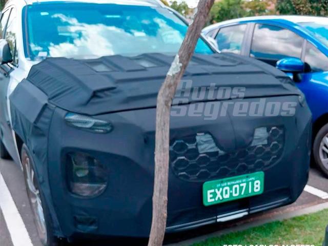 Flagra: Nova geração do Hyundai Santa Fé está em testes no Brasil