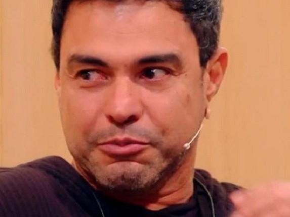 """Zezé Di Camargo é desmascarado, não assume filho e mãe da criança dispara: """"Minha filha não tem pai"""""""