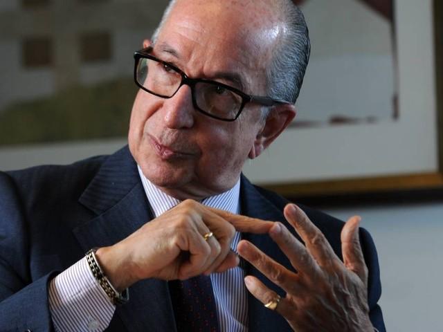 Secretário da Receita diz que alíquota de IR não cai agora e nega aumento de IOF