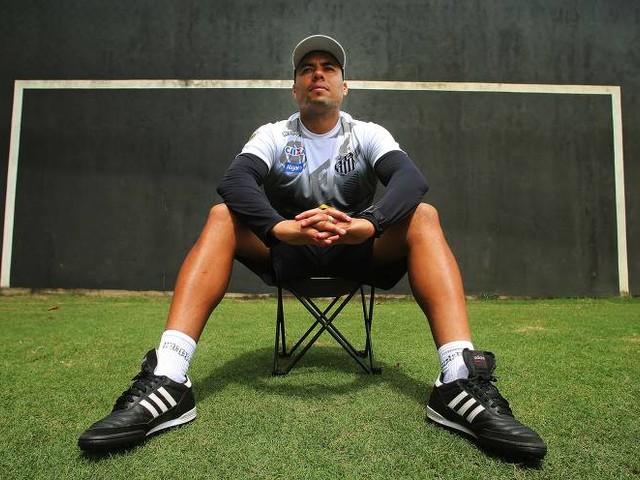 Jair Ventura diz ter feito pacto com o pai Jairzinho para não falar de futebol