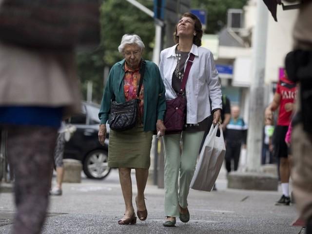 INSS não irá estenderadicional de 25% a todos os aposentados que precisam de assistência
