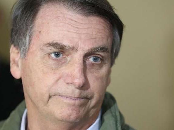 'Se eu errar, o PT volta', diz Bolsonaro em entrevista exclusiva
