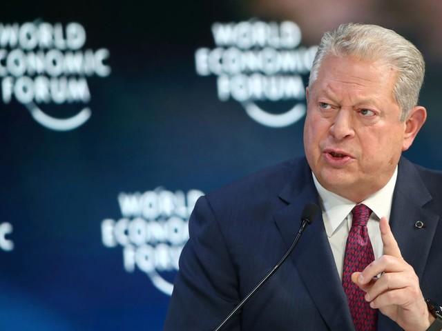 """Em tom crítico, Al Gore chama Bolsonaro de """"Trump dos Trópicos"""""""