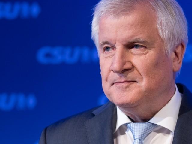CSU stürzt in Bayern auf 38,5 Prozent ab