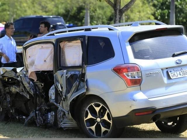 Câmeras flagram momento em que ator se envolve em acidente no Aterro; veja vídeo