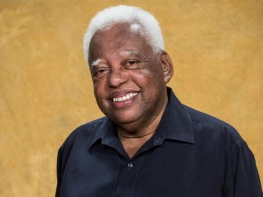 """João Acaiabe, o Tio Barnabé de """"Sítio do Picapau Amarelo"""", aguarda transplante de rim"""