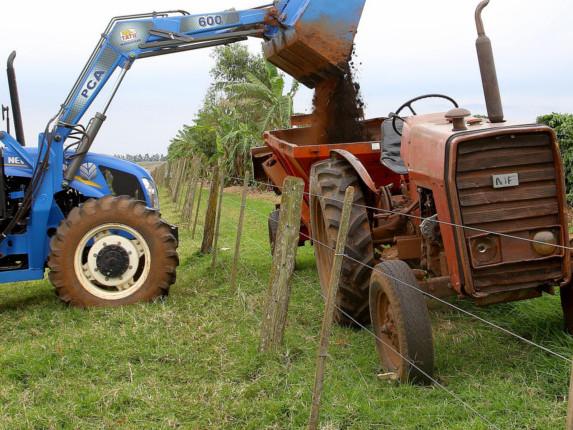 Puxado pela agricultura, Brasil cria 9.821 postos de trabalho em junho