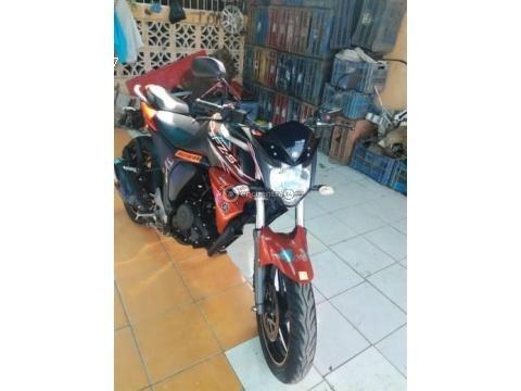 Vendo moto Génesis vendo moto yamaha