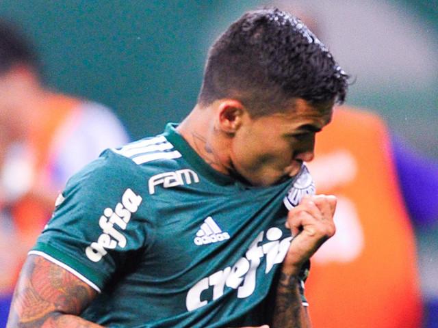 Palmeiras passa sufoco, mas vence Santos e abre sete pontos na liderança