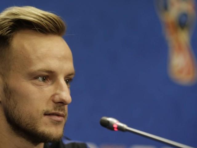 Após uma vida como colcha de retalhos, Rakitic exalta sua Croácia antes da final da Copa