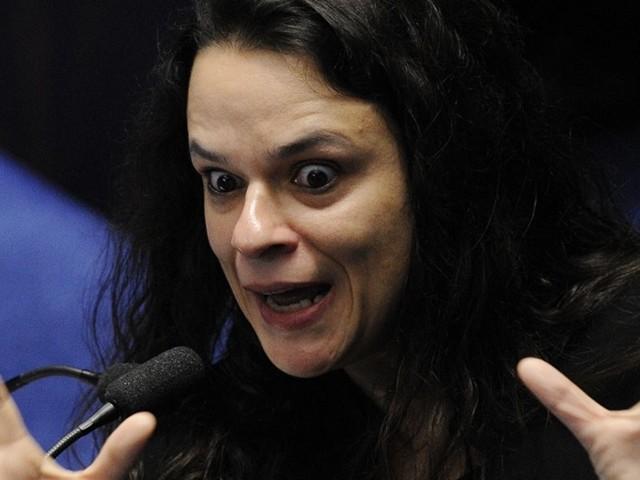 Janaína se diz perseguida pela USP por ter sido reprovada