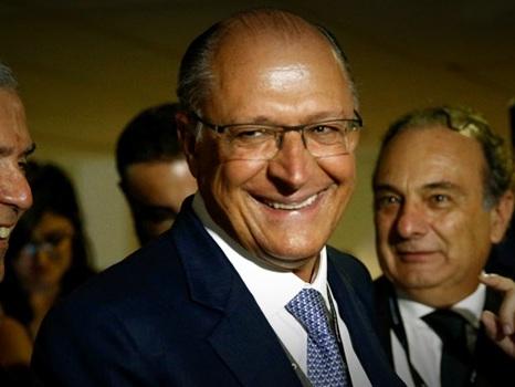 Por que o Centrão desistiu de Ciro e Bolsonaro para apoiar Alckmin?