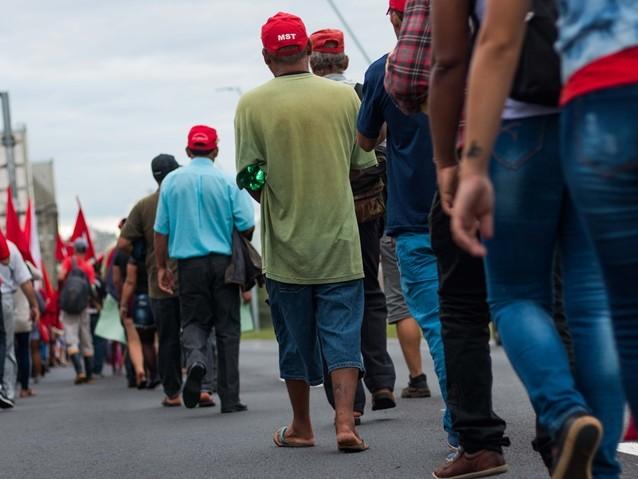 Trava-se em Porto Alegre a nova luta pela legalidade