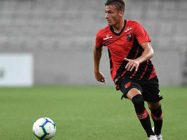 Braian Romero comemorou oportunidade de estrear pelo Athletico