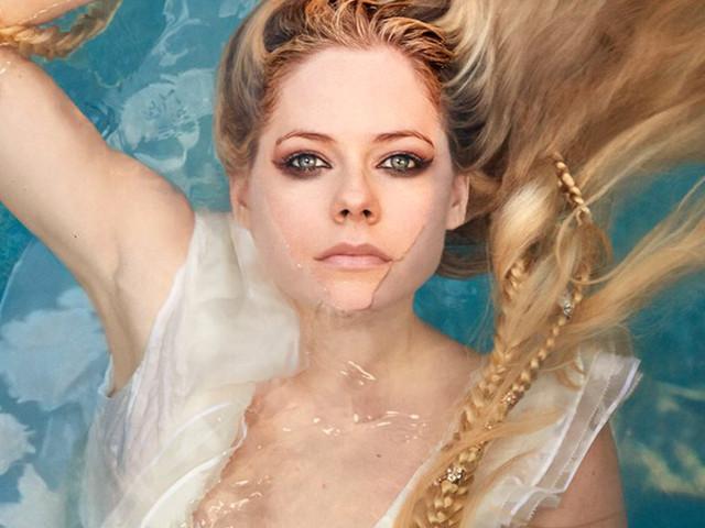 Não tem rock, mas tem balada poderosa e emocionante na volta de Avril Lavigne à música